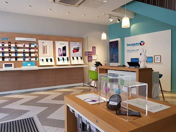Division grand public Groupe FreeCom Téléphonie mobile et accessoires Bouygues Telecom