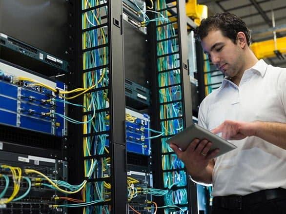 Division intégration cloud vpn et fibre optique pour les entreprises